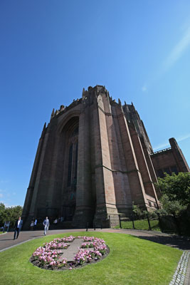 liverpool cathedral exterior